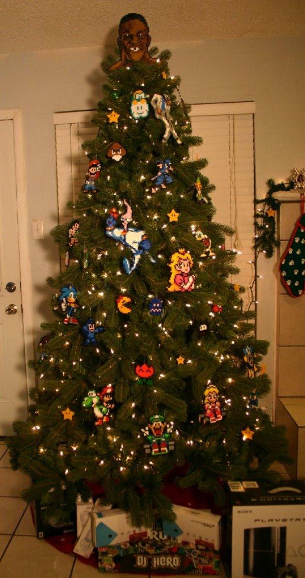 6d4c8b0c094d6edc48b9924398c71d15-retro-videogame-ornaments