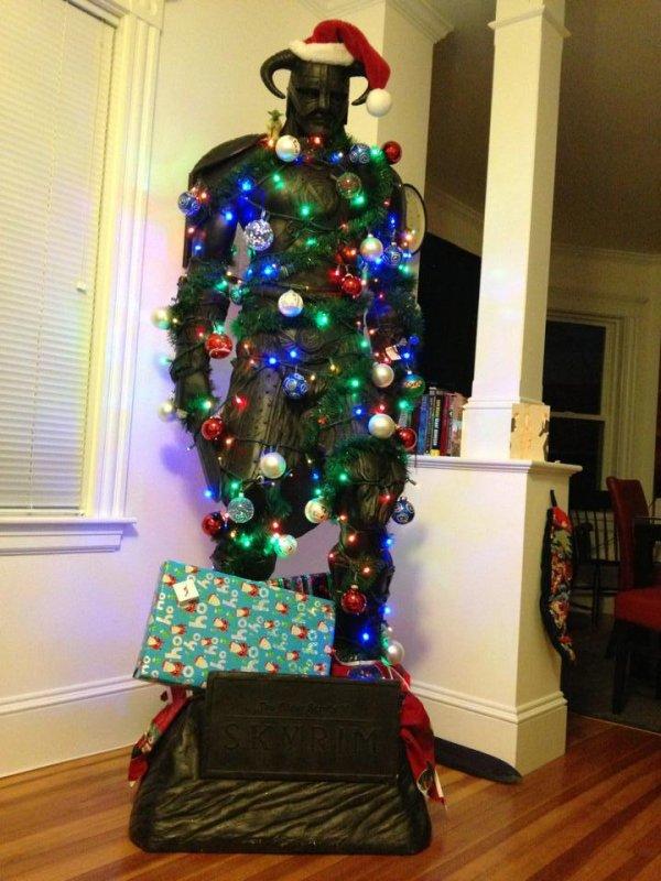 9b5e02f91a799227231a063b80d7d723-dragonborn-christmas-tree