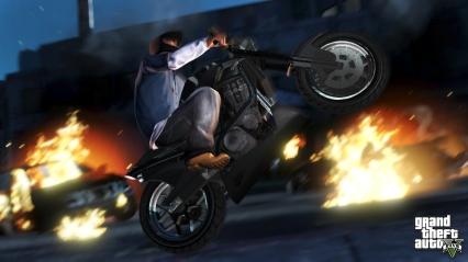 official-screenshot-franklin-does-a-wheelie